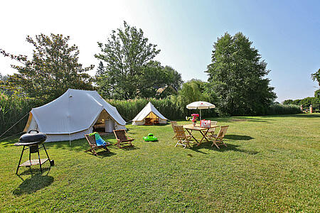 camping cast south of france tent